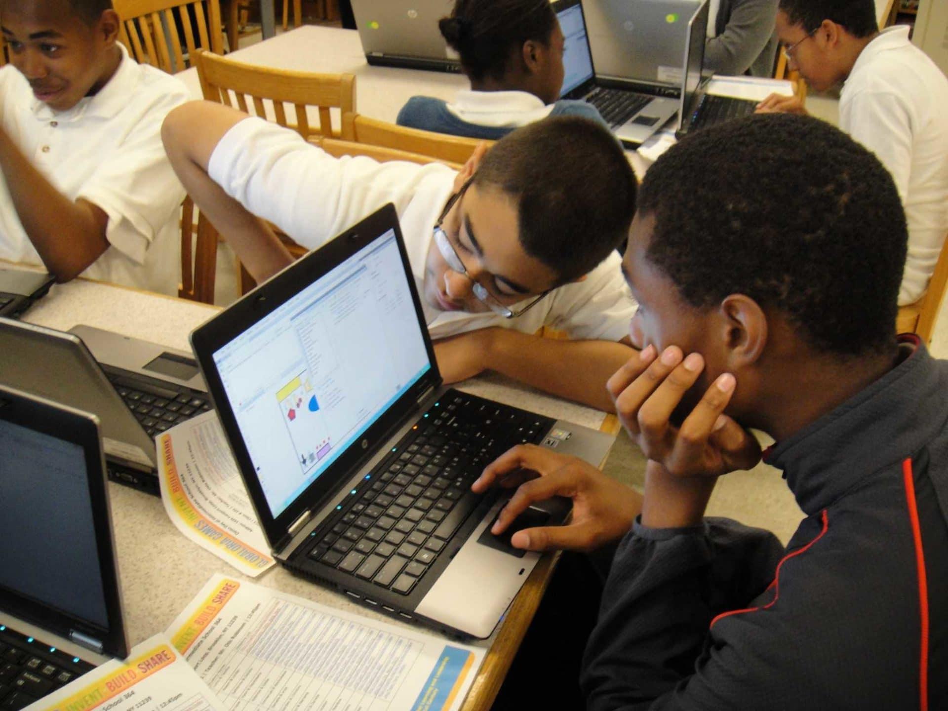 Learning Online in Kenya