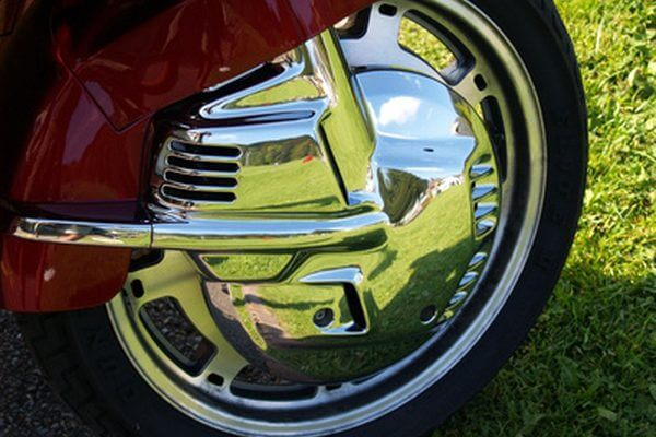 Maintaining Shiny Surfaces on Your car