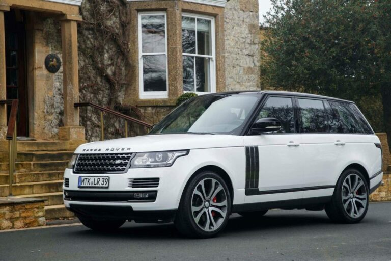2018 Range Rover HSE: For Those Who Value Practicality