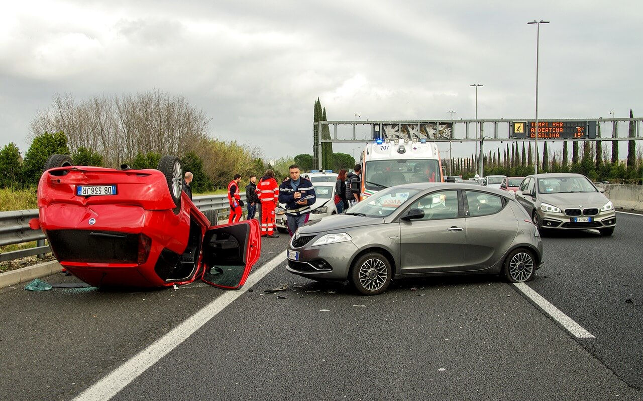 What Are The Common Reasons of Car Accidents