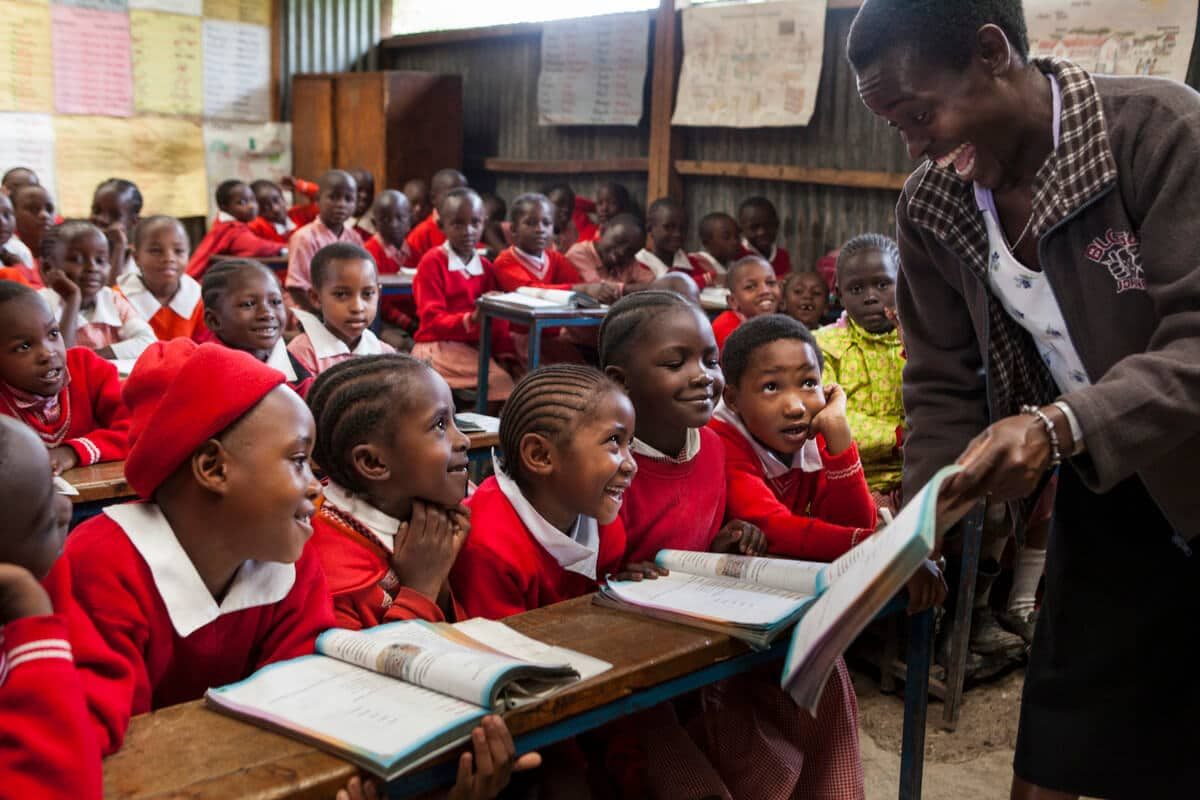 Does School reopening endanger the containment of the Coronavirus?